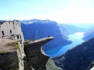 7 завораживающих мест на Земле, где легко можно погибнуть